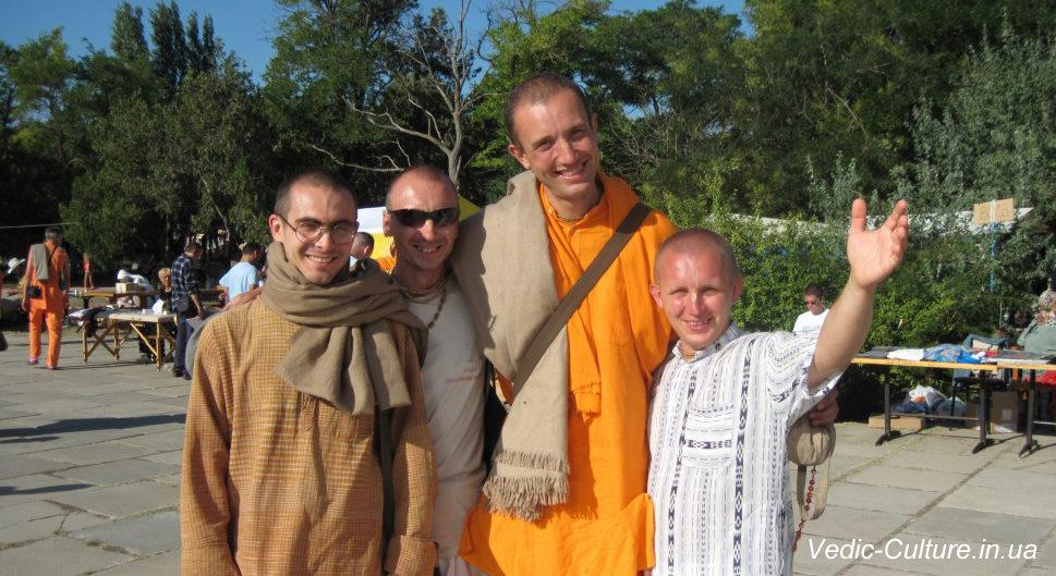 Кришнаиты разными бывают